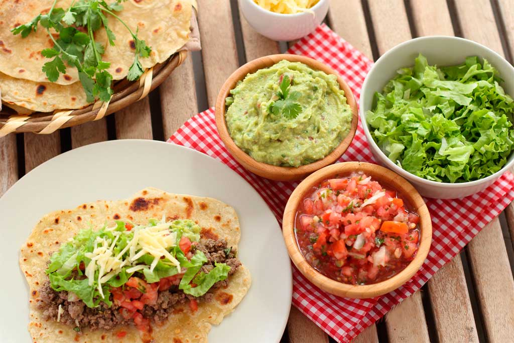 tacos mejicanos de ternera picada