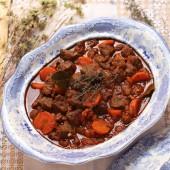 """Carne compuesta"", un guiso de carne tradicional que gusta a todos"