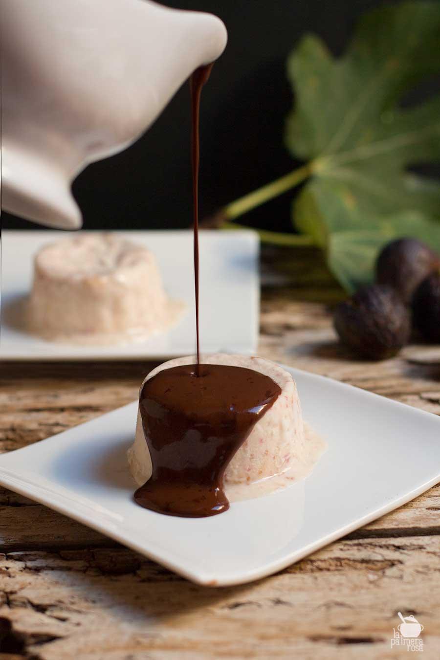 helado de higos con chocolate