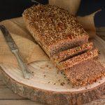 Cómo hacer pan de molde integral con semillas, receta fácil