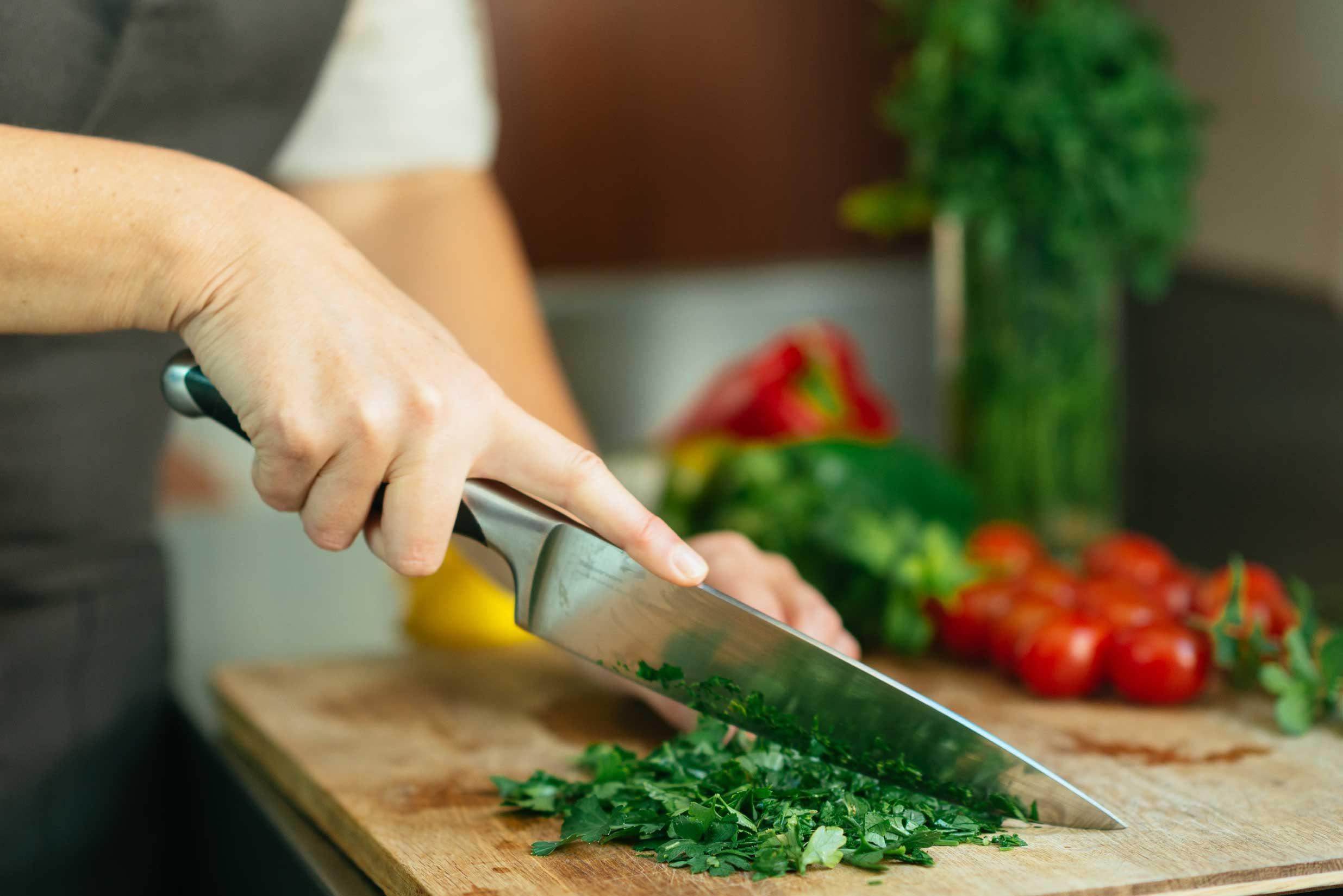 Cuchillos de cocina tipos materiales y recomendaciones for Cuchillos cocina
