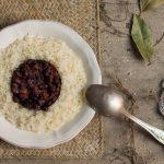 Frijoles con arroz o «moros y cristianos» al estilo canario