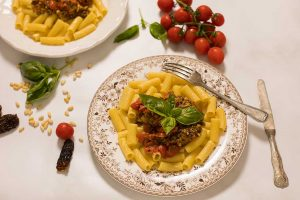 pasta con pesto de tomates