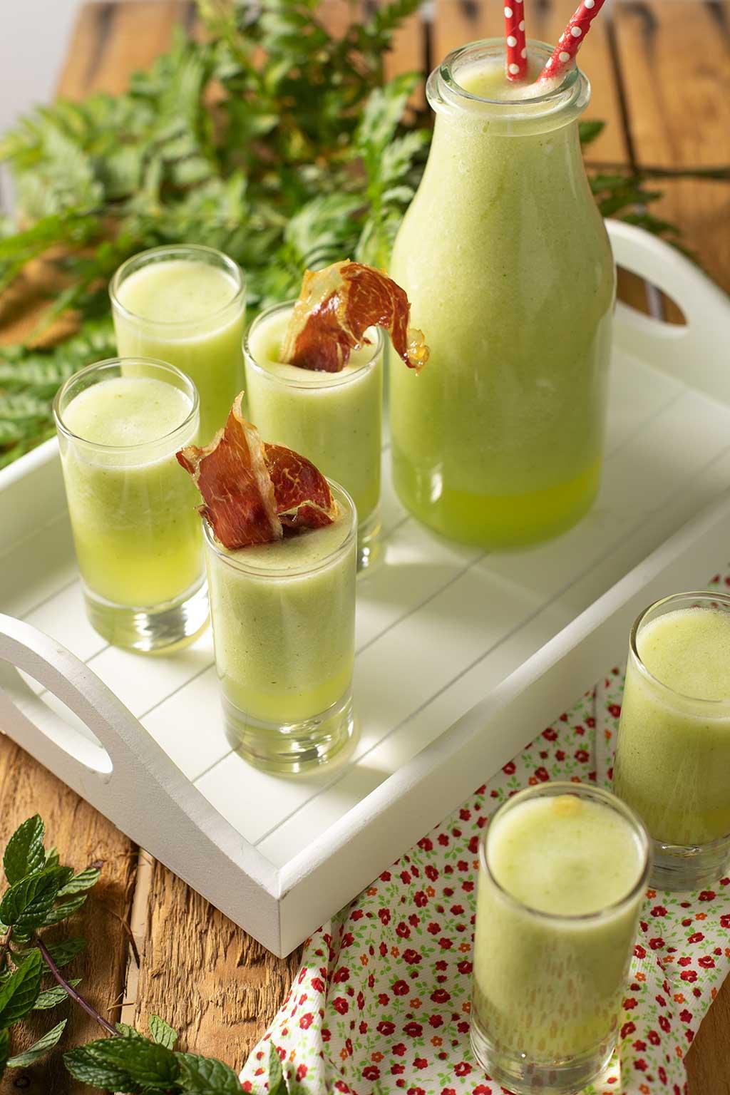 chupitos de melón con jamón